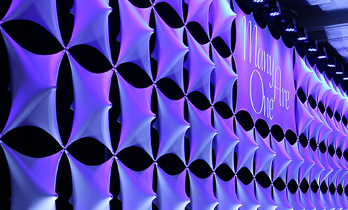 3d panel walls used as stage decoration for live event