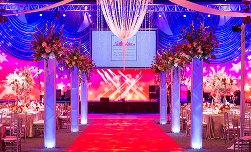 stretch fabric truss covers used to line walkway for live event